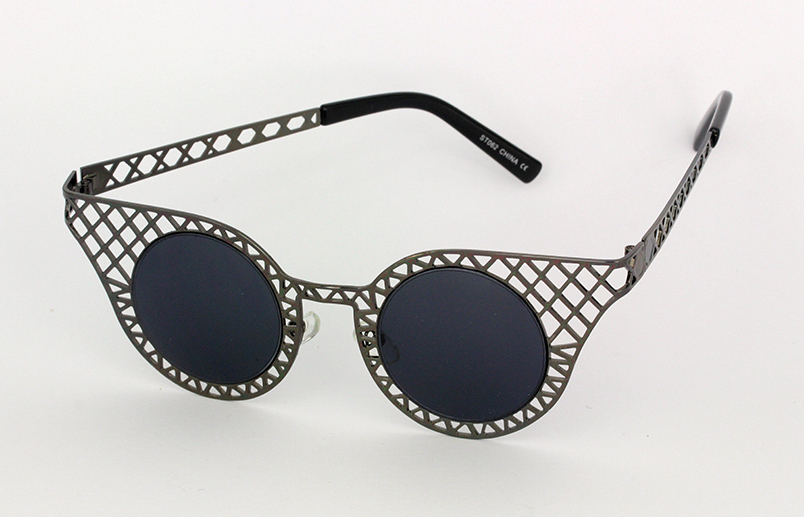 Sort metal gitter solbrille i cateye design