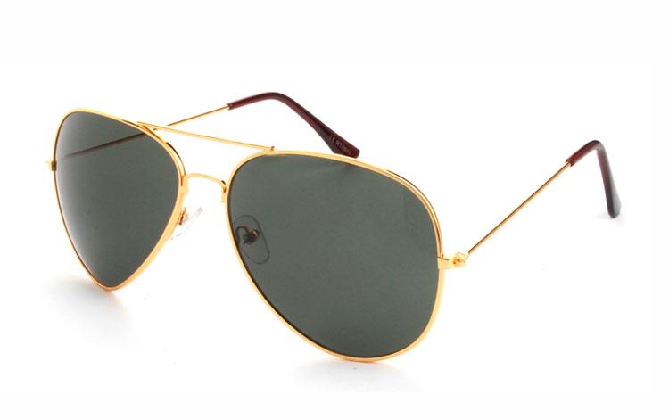 f16106be1080 Pilot solbrille i guldfarvet metal med grønlige glas - Design nr. 3477
