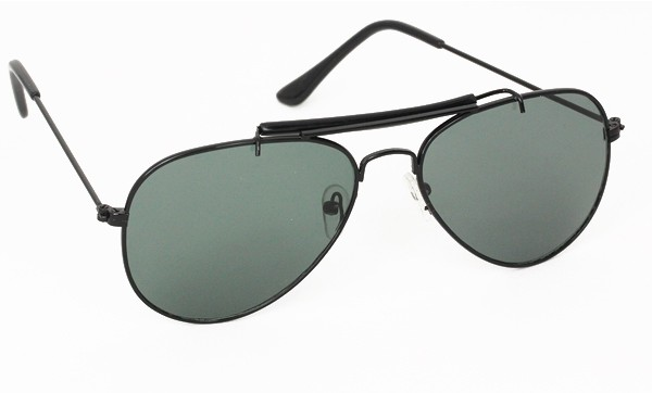 Sort aviator solbrille i stilsikkert design